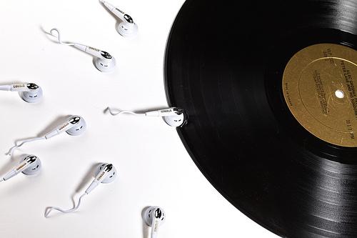 скачать бесплатно mp3 музыку vkontakte
